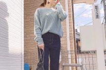 GUアゼクルーネックセーターのインスタコーデ&サイズ感のポイント